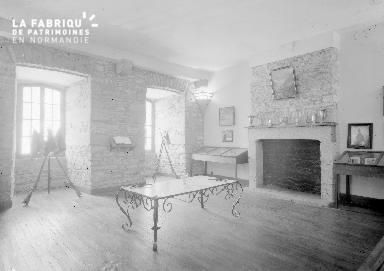 B007 Granville caserne salle d'honneur