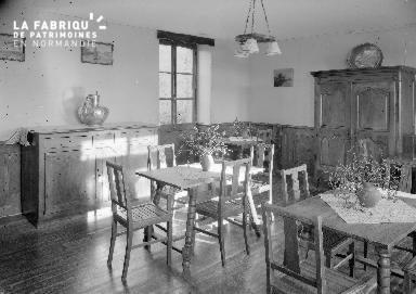 B007 Granville Manoir intérieur 2