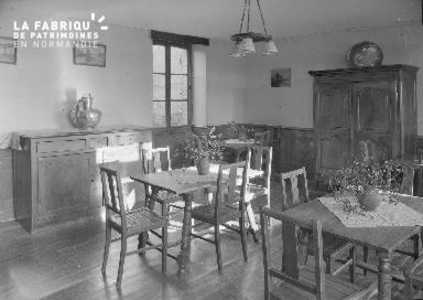 B007 Granville Manoir intérieur 3