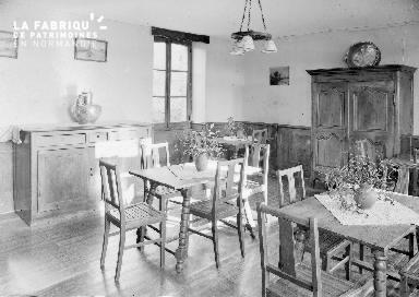 B007 Granville Manoir intérieur 4