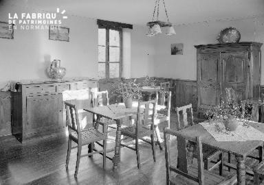 B007 Granville Manoir intérieur 5