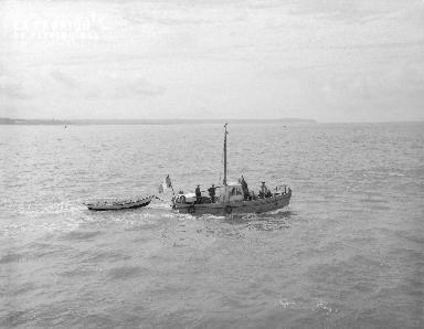 B009 Granville bateau
