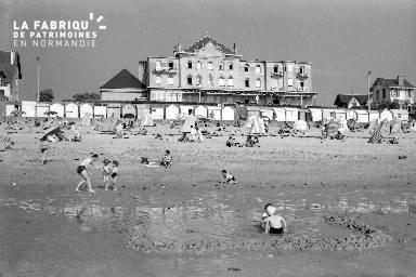 B009 Julouville plage 2