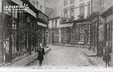 B010 Avranches, rue de Tripot