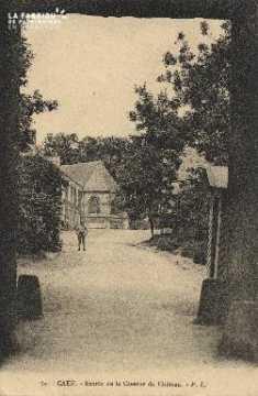 cl 01 140 Caen- entrée de la caserne du château