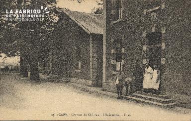 cl 01 147 Caen caserne du château - l'infirmerie