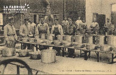 cl 01 153 Caen caserne du château- les cuisines