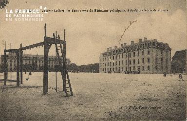 cl 01 157 Caen-caserne Lefèvre- les deux corps de batiments principaux