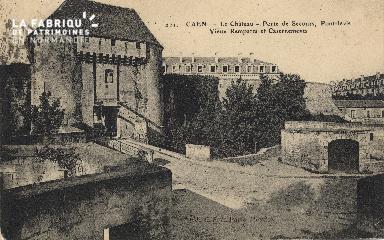 cl 01 166 Caen- le château, porte de secours, pont levis, les remparts