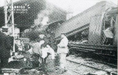 cl 02 009 Gare de Caen- Le 5 juillet 1928