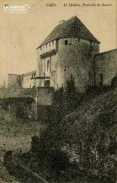 cl 02 040 Caen- le château, Porte dite de secours