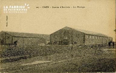 cl 02 059 Caen caserne d'Artillerie  les manèges