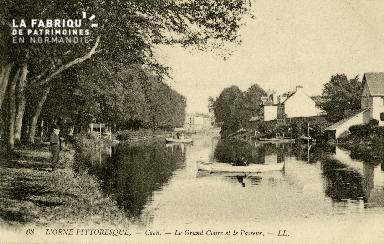 cl 02 088 Caen- Le Grand Cours et le passeur
