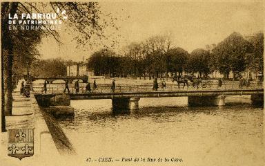 cl 02 101  Caen le pont de la rue de la Gare