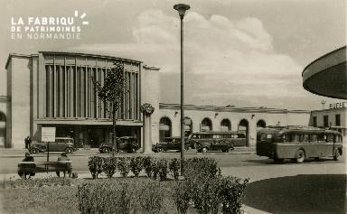 cl 02 201 Caen - La gare