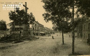 cl 02 218 Caen - boulevard Leroy à son croisement avec la rue de Falai