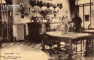 cl 03 018 Caen - Hotel d'angleterre- le bar et le hall