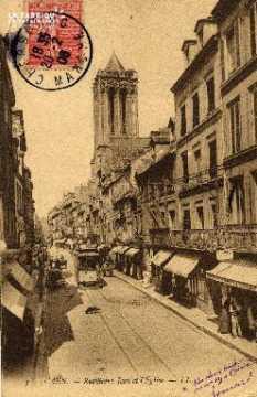 cl 03 050 Caen - La rue St-Jean et l'église