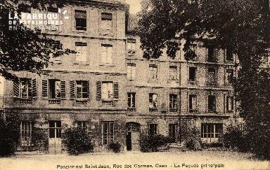 cl 03 145 Caen- Pensionnat St-Jean, rue des Carmes - la façade princip