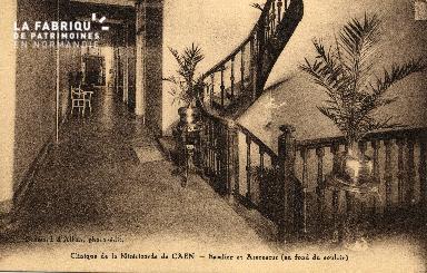 cl 03 164 Caen - clinique de la miséricorde - escalier ou ascenseur