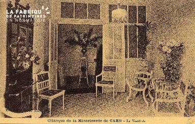 cl 03 174 Caen - clinique de la miséricorde-  le vestibule