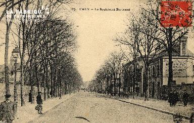 cl 03 203 Caen   le boulevard Bertrand