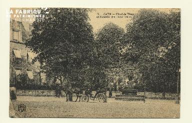 Cl 04 109 Caen- Hôtel du Than et fontaine des trois Grâces