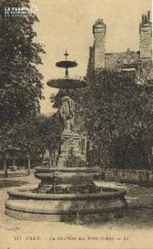 Cl 04 112 Caen- Fontaine des trois Grâce