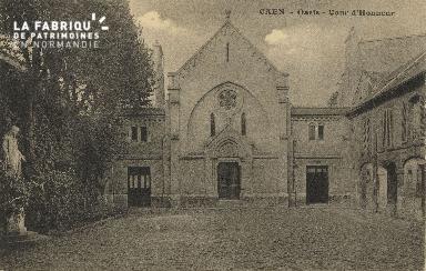 Cl 04 185 Caen- Oasis - Cour d'Honneur
