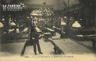 Cl 04 248 Caen- Café du Grand Balcon- La grande Salle et les billards