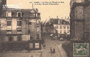 Cl 04 293 Caen- La Place du marché au bois et la rue Montoir-Poissonni
