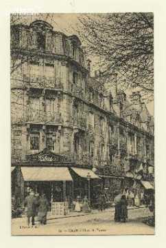 Cl 04 302 Caen- Place St-Pierre