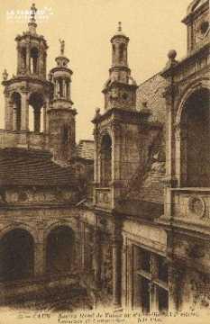 Cl 04 327 Caen- Hôtel de Valois ou d'Escoville- (XVI siècle)
