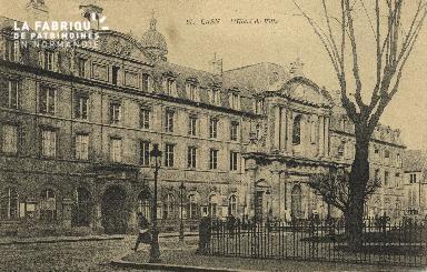 Cl 05 010 Caen- Hôtel de ville