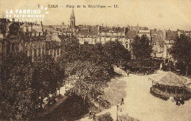 Cl 05 019 Caen- Place de la république