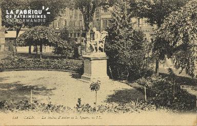 Cl 05 124 Caen- La statue d'Auber et le square