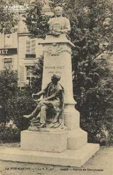 Cl 05 130 Caen- Statue de Demolombe