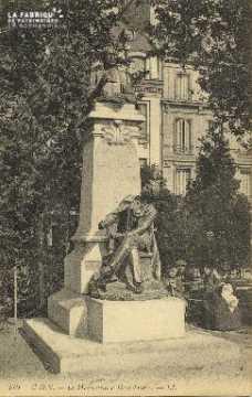 Cl 05 189 Caen- Le monument à Demolombe