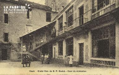 Cl 05 204 Caen- Ecole livre du B.P. Eudes- Cour de récréation