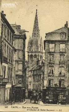 Cl 05 221 Caen- Rue aux Namps et le Clocher de Saint-Sauveur