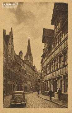 Cl 06 008 Caen-la maison des quatrans et rue de la géôle