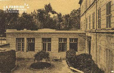 Cl 06 024 Caen-monastère des Bénédictines du St sacrement-Salle des oe