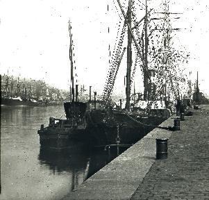 Rouen Le port 02