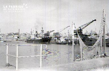 Granville cargo dans le port1