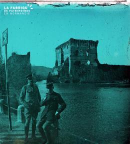 2 soldats en vadrouille