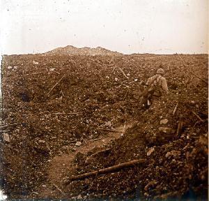 Soldat sur le champs de bataille