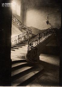 Caen-Escalier de l'hotel de ville 2