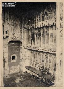 Caen-Porche église St Pierre 1
