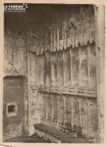 Caen-Porche église St Pierre 2
