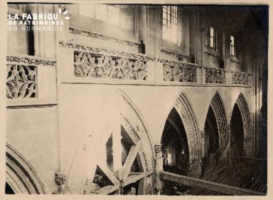 Caen-Travaux église St Pierre